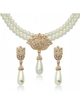 Faux Pearl Jewellery Set