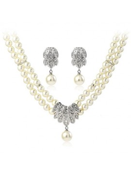 Faux Pearl Jewellery Set
